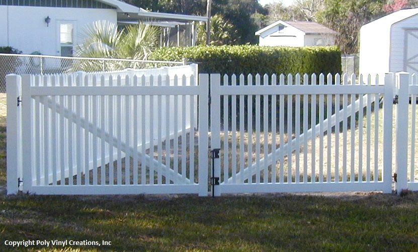 Florida Fence Distributors| Poly Vinyl Creations Wholesale Fence